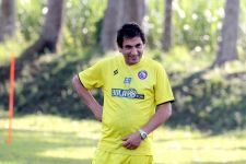 Eduardo Almeida Sebut Tim-Tim Saingan Berat Arema FC Raih Juara Liga 1 2021 - JPNN.com Jatim