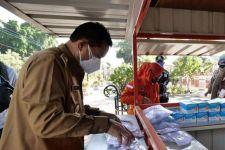 Pemkot Madiun Bagikan Masker dan Susu untuk Anak-anak Secara Gratis - JPNN.com Jatim