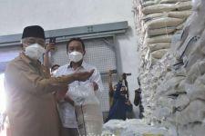 Bantuan Beras 10 Kg per Keluarga Mulai Disebar di Malang - JPNN.com Jatim