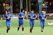 Pelatih Arema FC: Jangan Terlalu Berharap Tinggi pada Pemain, Sebab... - JPNN.com Jatim