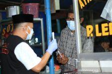 Malam Hari, Bupati dan Wakil Bupati Situbondo Temui PKL dan Langsung Berikan Ini - JPNN.com Jatim