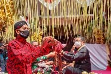 Pemkab Tulungagung Helat Jamasan Pusaka Kiai Upas - JPNN.com Jatim