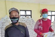 Baru 46 Persen Bantuan Warga Terdampak COVID-19 di Surabaya Tersalurkan, Sisanya ... - JPNN.com Jatim