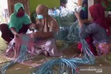 Agar UMKM Ngawi Tetap Bertahan, Dinas Koperasi Salurkan Rp 108,093 miliar - JPNN.com Jatim