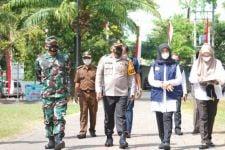 Tekan Angka Kematian, 252 Warga Isoman di Banyuwangi Dipindah ke Isoter - JPNN.com Jatim