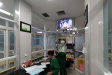 Beroperasi 24 Jam, Laboratorium Mikrobiologi RSUD Tulungagung Tangani 200 Sampel PCR Per Hari - JPNN.com Jatim