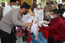 2 Juta Dosis Vaksin Tiba di Jatim, Kapolda: Segera Salurkan - JPNN.com Jatim