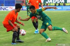 Jelang Kontra Borneo FC, Rachmat Irianto Diamanati Ban Kapten Persebaya - JPNN.com Jatim