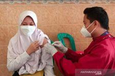 Dukung PTM, Dinkes Pamekasan Vaksin Ribuan Pelajar Langsung ke Sekolah - JPNN.com Jatim