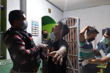Kanwil Kemenkumham Jatim Sita Barang-Barang 'Kreasi' Narapidana - JPNN.com Jatim