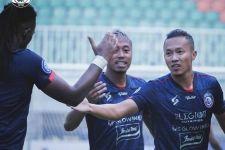 Gagal Manfaatkan Kelebihan Pemain, Arema FC Imbang 1-1 Atas Bhayangkara FC - JPNN.com Jatim