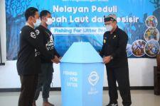Nelayan Banyuwangi Dilatih Kelola Sampah Laut Jadi Uang - JPNN.com Jatim