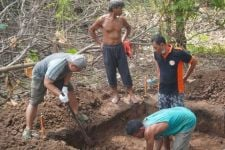 Warga di Madiun Temukan Batu Bata Besar, Tim BPCB Jatim Lakukan Ekskavasi - JPNN.com Jatim