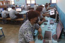 Selama Dua Hari, 45 Siswa SMKN 2 Surabaya Jalani ANBK, Ini Tujuannya - JPNN.com Jatim