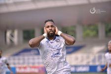 Arema FC Kalahkan Persipura, Eduardo Almeida Soroti Penyelesaian Akhir Tim - JPNN.com Jatim