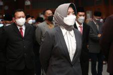 Reni: Masih Ada 7 Kepala OPD Pemkot Surabaya yang Rangkap Jabatan - JPNN.com Jatim