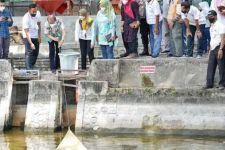 Dongkrak Potensi Wisata, Magetan Gelar Panen Ikan di Situs Sendang Kamal - JPNN.com Jatim