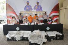 Tak Bisa Tunjukkan Keterangan Resmi, 2 Kurir Benur di Probolinggo Diciduk - JPNN.com Jatim