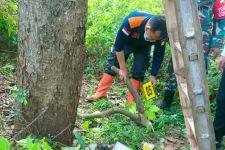 Lagi Cari Mangga, 2 Warga Kediri Temukan Mayat di Kebun Tebu - JPNN.com Jatim