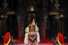Disbud Jaring Seniman Muda, Gelar Lomba Tari Barong Ket dan Mekendang Tunggal - JPNN.com Bali