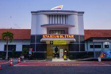 PPKM Level 1, Penumpang Kereta di Stasiun Blitar Meningkat 81 Persen - JPNN.com Jatim