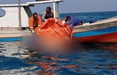 Berita Terkini dari Tim SAR Tentang Korban Kapal Nelayan Terbalik - JPNN.com
