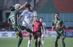 Arema FC Keok dari PSS, Lini Depannya Kok Gini Amat Ya? - JPNN.com