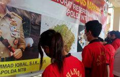 Pasangan Kekasih Kartel Narkoba Tertangkap, Polisi Dilempari Batu - JPNN.com