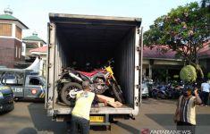 Polisi Gerebek Rumah Kontrakan di Bekasi, Hasilnya Luar Biasa - JPNN.com