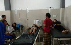 Keracunan Makanan, Puluhan Pelajar Dirawat - JPNN.com