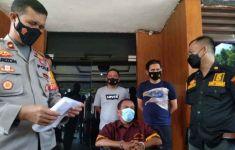 Rudi Emosi Anaknya Diserempet, 2 Wanita Tetangganya Ditikam hingga Sekarat - JPNN.com
