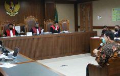 Azis Syamsuddin: Robin Datang ke Saya dalam Kondisi Memelas - JPNN.com