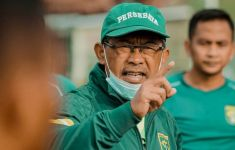 Aji Optimistis Persebaya Bisa Saingi Persija di Stadion Manahan Solo - JPNN.com