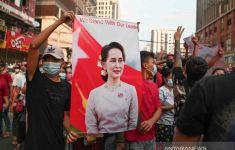 Keberadaan Dirahasiakan dari Publik, Kini Aung San Suu Kyi Bicara soal Persidangannya - JPNN.com