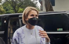 Rachel Vennya Beralasan Kangen Anak, Nikita Mirzani: Bukan Alasan! - JPNN.com
