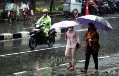 Prakiraan Cuaca Hari Ini di Jabodetabek, BMKG: Waspada - JPNN.com