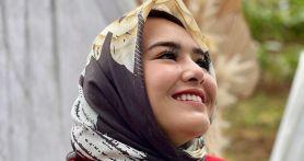 Amanda Manopo Pakai Hijab Saat Menyetir, Netizen Heboh - JPNN.com