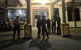 Klaim Tetangga Mencuri,Menantu Faruk Dibacok di Bulak Banteng Surabaya - JPNN.com