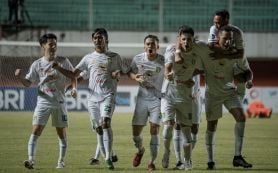Bungkam Persija 1-0, Persebaya Masuk 5 Besar Klasemen Sementara Liga 1 - JPNN.com