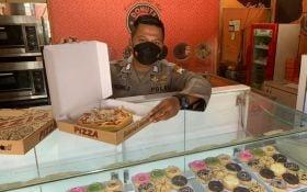 Bripka Dwi Agung Rusunbekti yang Juga Owner Tiga Gerai Donut di Sidoarjo - JPNN.com Jatim