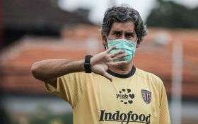 Teco Tak Peduli Anco Jansen Absen, Sebut PSM Makassar Tetap Tim Kuat dan Berbahaya - JPNN.com Bali