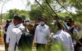 Pulau Lusi di Sidoarjo Ditanami Mangrove, Menteri KKP: Tumbuhkan Kehidupan Baru - JPNN.com Jatim