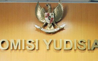Mantan Ketua KY Soroti Administrasi Peradilan - JPNN.com