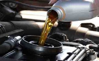 Jangan Malas Ganti Oli Mesin Mobil, Ini Akibatnya - JPNN.com