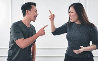 4 Sifat Pasangan yang Bisa Menghancurkan Kehidupan Rumah Tangga - JPNN.com