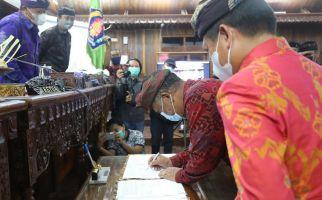 Pemkab dan DPRD Klungkung Sepakati KUA PPAS Perubahan APBD 2021 - JPNN.com