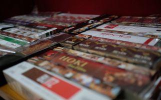 Dua Modus Baru Peredaran Rokok Ilegal Berhasil Diungkap Petugas Bea Cukai - JPNN.com