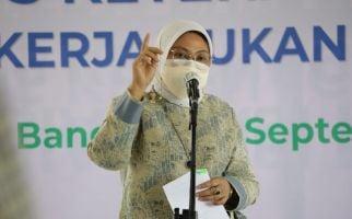 Menaker Ida Fauziyah Ajak Pekerja Informal Daftar BPJS Ketenagakerjaan - JPNN.com