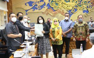 Senator Badikenita Usul Jumlah RUU di Prolegnas Prioritas 2021 Dievaluasi - JPNN.com
