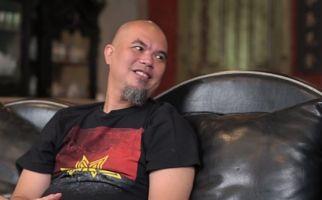 Ahmad Dhani Menonjok Vokalis Band Hingga 3 Kali - JPNN.com